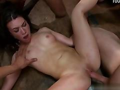 Young girlfriend pussy fuck