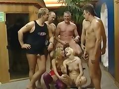 Reife Weiber Gangbang mit Susanne und Magda Polak