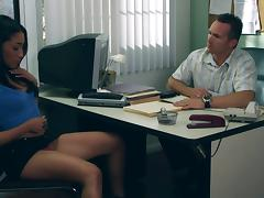 Brunette babe Vicki Chase banged in the office and takes cumshot on face