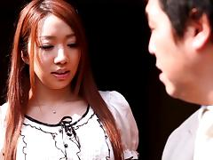Wakana Kinoshita favours a guy with a blowjob and a handjob