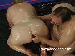 BBW Patty Parker gets oiled up and massaged by randy guy