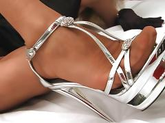 Blonde feet elegance