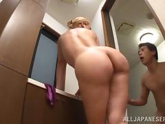 Shizuko Fujiki sucks the cum out of is cock while in the tub