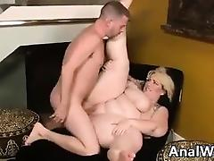 Tattooed BBW Being Fucked In The Ass