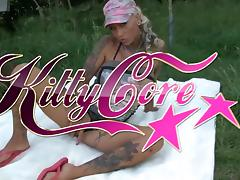 Kitty Core - Vom Jogger gefickt