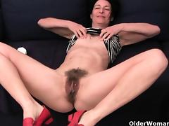 Grandma Emanuelle\'s pussy looks so inviting