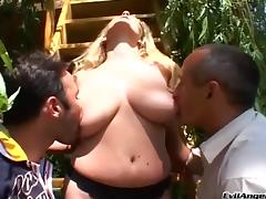 Wendi White gets fucked in a hot blowjob and bang action