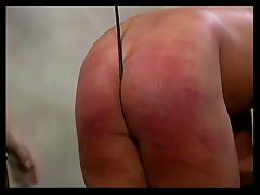Mistress gives guy a good lashing