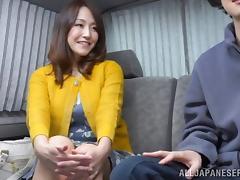 Japanese MILF gets her pussy rammed til she cums