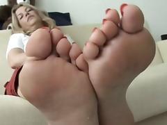 Kerstin's stinky feet (no nudety)