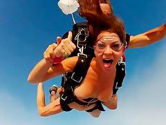 BADASS, Members Exclusive: Skydiving
