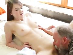 18 19 Teens, 18 19 Teens, Babe, Brunette, Lick, Pussy
