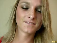 She cranks the Sybian fuck machine to high and cums like crazy