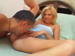 Blonde Slut Fucked By Large Cocks