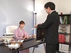 Kimono girl handjob is erotic and makes his dick cum