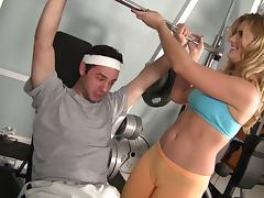 She spots him during a bench press then he presses his cock into her pussy