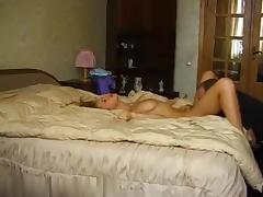 Pussy licking as foreplay