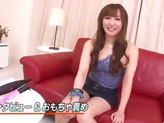 Mami Asakura feels toys over her moist pussy