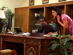 Secretary India Summers fucks her black boss anally