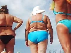 Russian mature on the beach! Amateur hidden cam!