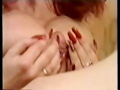 Samantha Woods long nails vid