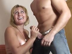 PUTA LOCURA Busty Milf takes it in the eye