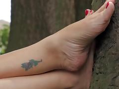 Bella Brings her Deep Wrinkled Soles back!
