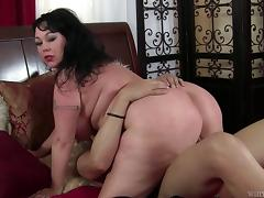 Fat white woman in pantyhose is a greedy cock sucking slut
