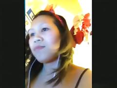 Asian girl has cybersex with her bf on skype