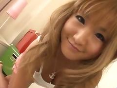 Kurea Mutou blonde bimbo provides amazing blowjob