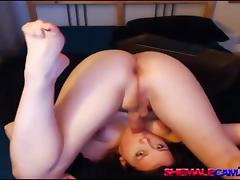 trans500 - Flexible hot shemale self sucking