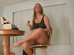 PN - Paints Her Nails
