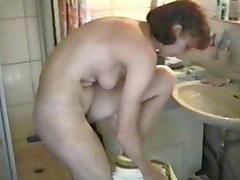 Dachbodenfund beim Duschen
