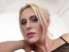 Blonde slut loves DAP