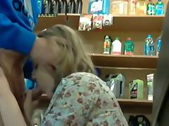 oral-service in store with the attendant