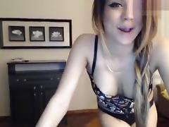 Naked Mary_Born dancing in front of webcam