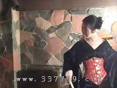 Japanese kimono mistress K hit slaves with a whip