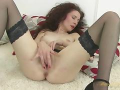 Scarlet in Masturbation Movie - AuntJudys