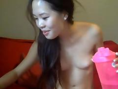 Unknown petite asian cam girl with nice wet pussy  finger and play with dildo.