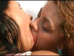 deep kissing 228811