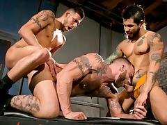 Under My Skin - Part 2 XXX Video: Draven Torres, Derek Parker, FX Rios