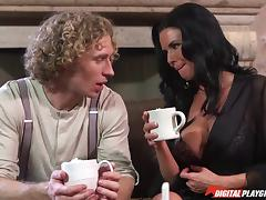 Sharing hot chocolate and sexy fucking with a busty milf