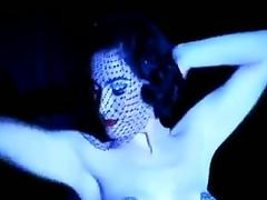 Le bon noir - dita von teese burlesque strip in the shower