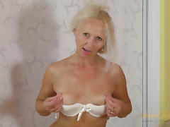 Callidica in Masturbation Movie - AuntJudys