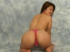 Yuka goes totally naked and allows the partner to enter her depths
