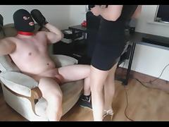 Handjob game  orgasm bet...cant cum in 25 min