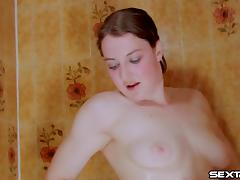 Sheila Faye gorgeous babe enjoys strong waves raining on her pussy