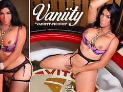 Vaniity in Vaniity-Vicious - TransAtPlay