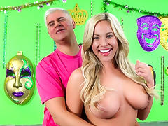Olivia Austin,Porno Dan in Blonde Bombshell Olivia Austin Takes A Pounding Video