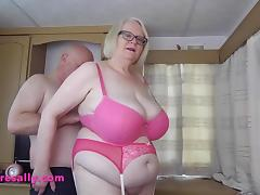 Sally meets a BBW lover